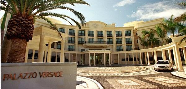 Palazzo-Versace-13-600x400